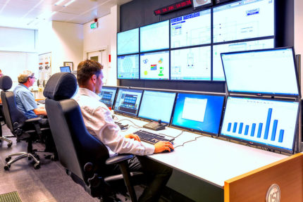 JST - European Space Agency (ESA): Control room