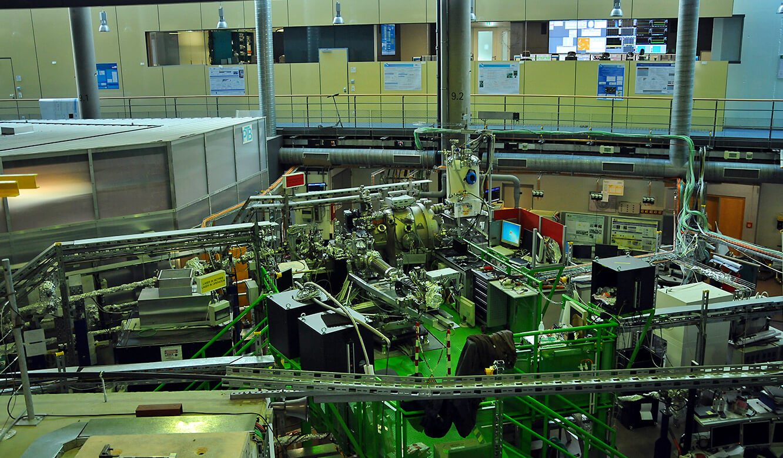 JST-Helmholtz-Zentrum-Berlin: Elektronenspeicherring BESSY-II