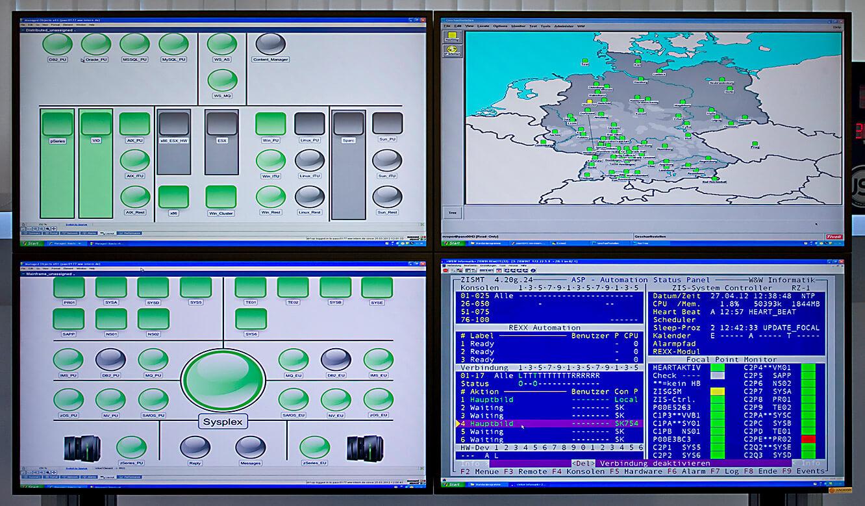 JST - W&W Informatik Ludwigsburg: Großbildwand