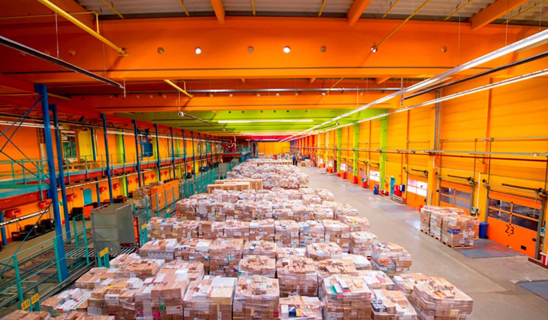 JST-dm Drogeriemarkt: Ware-Verteilzentrum