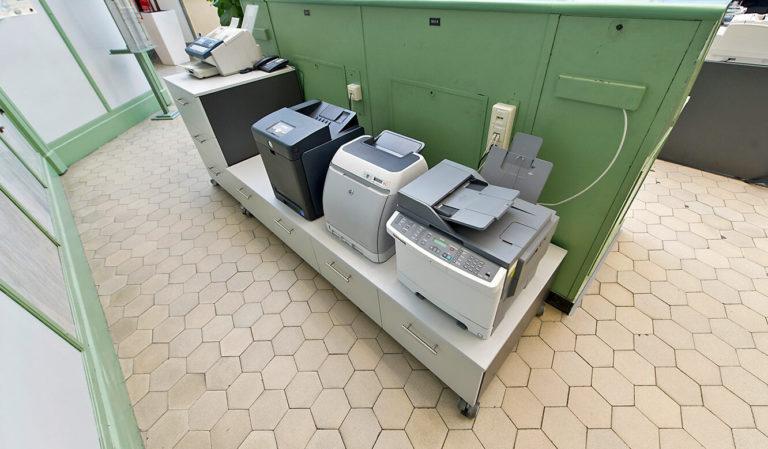 JST Referenzen - EnBW Leitwarte: Passende Möbel für die Büro-Technik