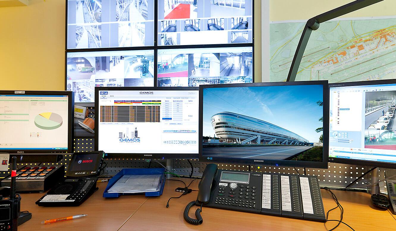 JST Referenzen - The Squaire Frankfurt: Notfall- und Service-Leitwarte - MultiConsoling