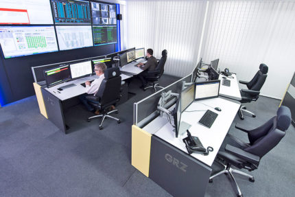 JST GRZ Linz Workstations in the control room with large display wall