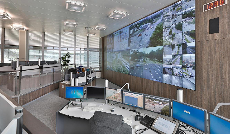 JST - Polizei Hamburg: Verkehrsleitzentrale. 3d-Planung umgesetzt. Großbildwand