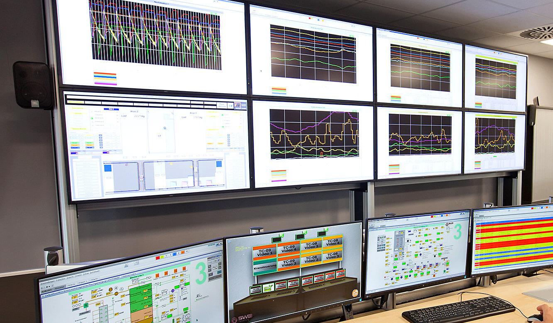 JST-MVA-Bonn: DisplayWall zeigt Übersicht von Trendkurven