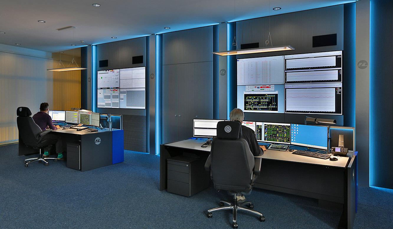 JST-InfraLeuna: ergonomische Arbeitsplätze in der neuen Leitwarte