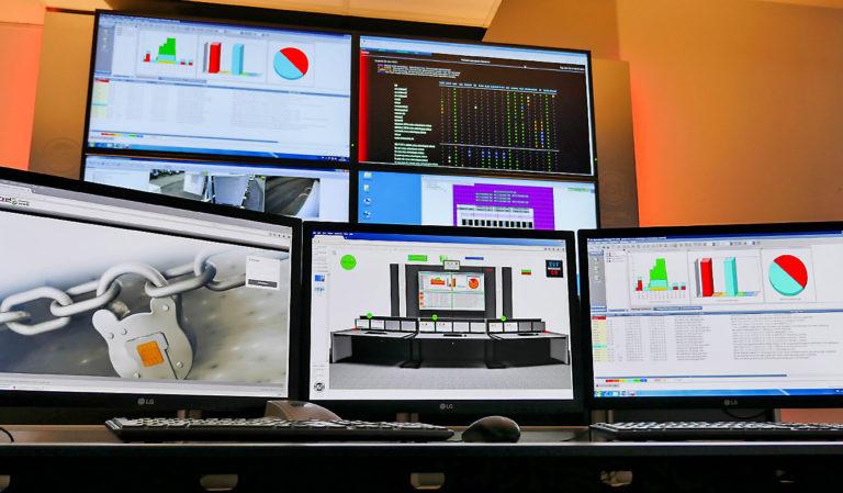 JST-Netcologne Oberfläche der Bedienungssoftware myGUI auf Arbeitsplatzmonitor