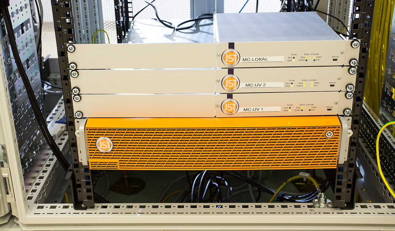 JST - Raiffeisen Graz: Hardware. JST-Server.