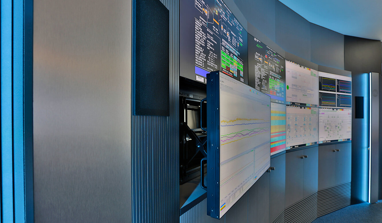 JST-InfraLeuna: Großbildwand mit-praktischem QuickOut-System