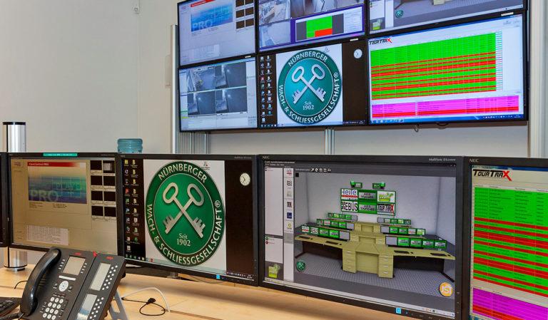 JST Referenzen - Nürnberger Wach- und Schließgesellschaft: vorne rechts myGUI-Software zur Steuerung der Grosbildwand