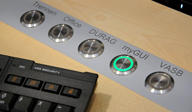 JST - PCK Schwedt: mit CommandPad werden wichtige Systeme per Tastendruck abgeschaltet