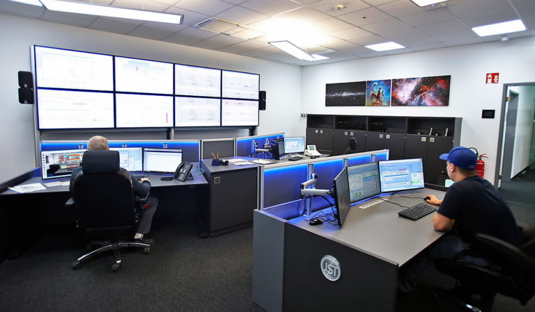 JST Roche: Large screen wall is the center of the new control room