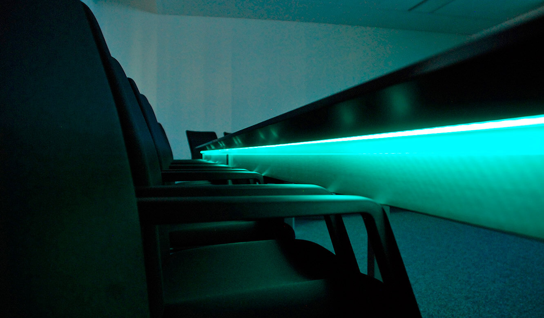 JST Referenzen - Siemens: Leitwartentische. AmbientLight