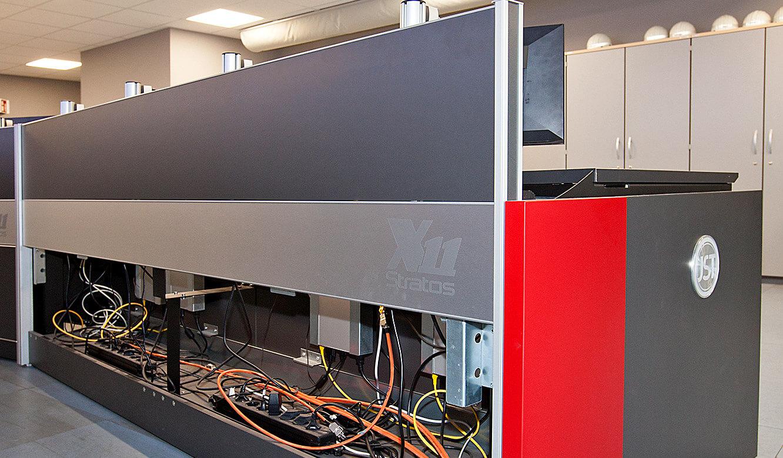 JST-MVA-Bonn: Versorgungsraum im Stratos-Leitwarten-Tisch