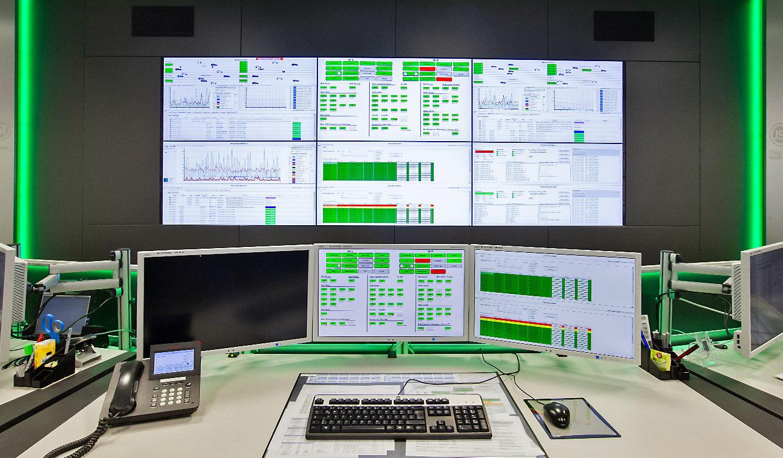JST-Audi: ergonomischer Arbeitsplatz in der Leitwarte
