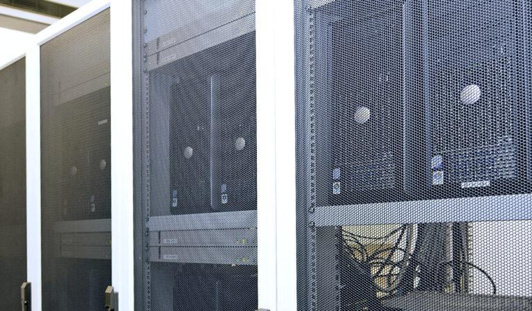 JST - ASIC - Rechner im Technikraum