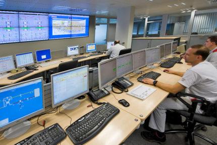 JST Referenzen - Audi Neckarsulm - Zentrale Leitwarte saniert