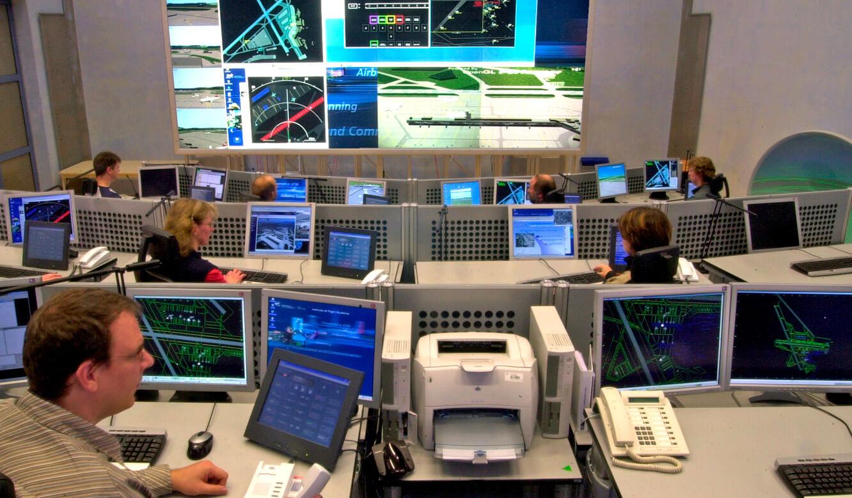 JST - Deutsches Zentrum für Luft und Raumfahrt (DLR): Zentraler Überwachungsleitstand