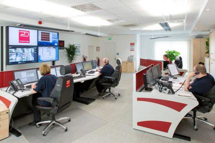 JST Referenzen - Dussmann Service: Alarmempfangsstelle