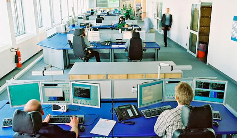 JST - Lufthansa Systems Rechenzentrum - Operator Plätze