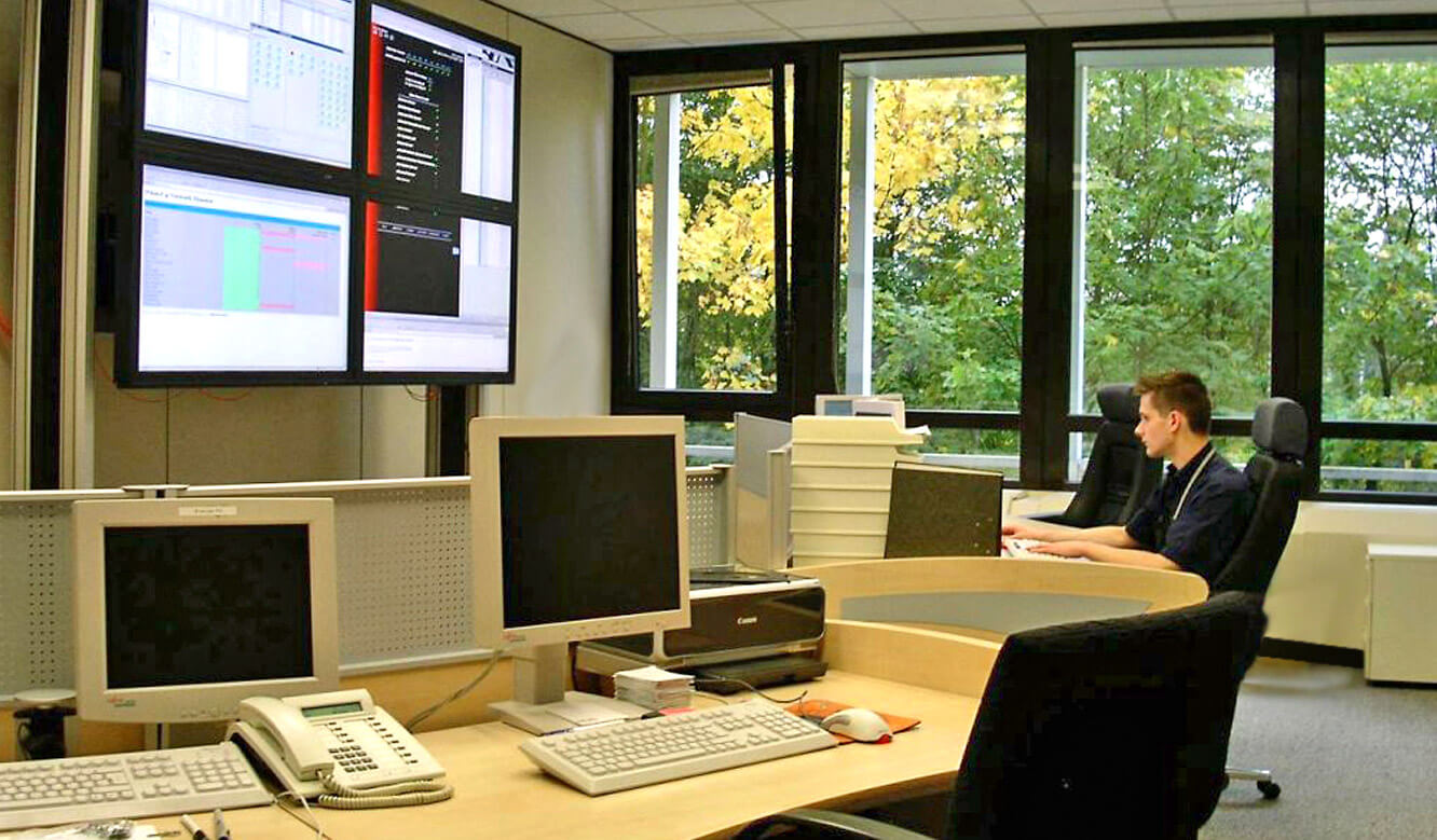JST Referenzen Deutsche ApoBank - Das neue Network Operations Center