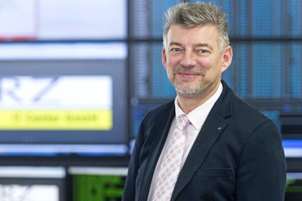 JST Referenzen - GRZ Linz - Team-Leiter Leitstand Peter Gabauer