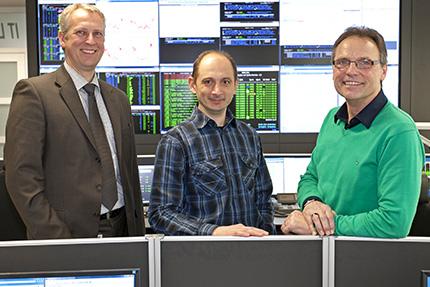 JST-Referenzen - R+V Versicherung: Carsten Dengler, Dimitri Huber und Steffen Hoffmann