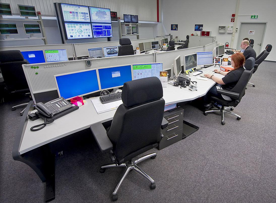 Ergonomischer Recaro-Operatorstuhl in der Leitwarte
