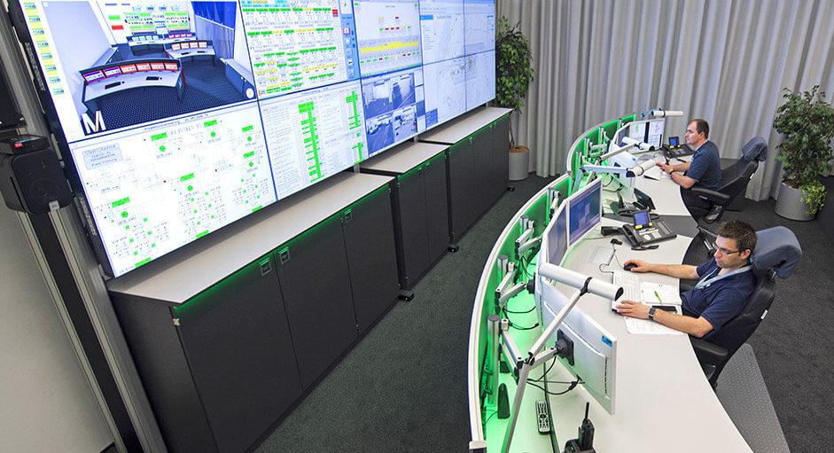 Proaktive 24/7 Monitorwand beim Flughafen München