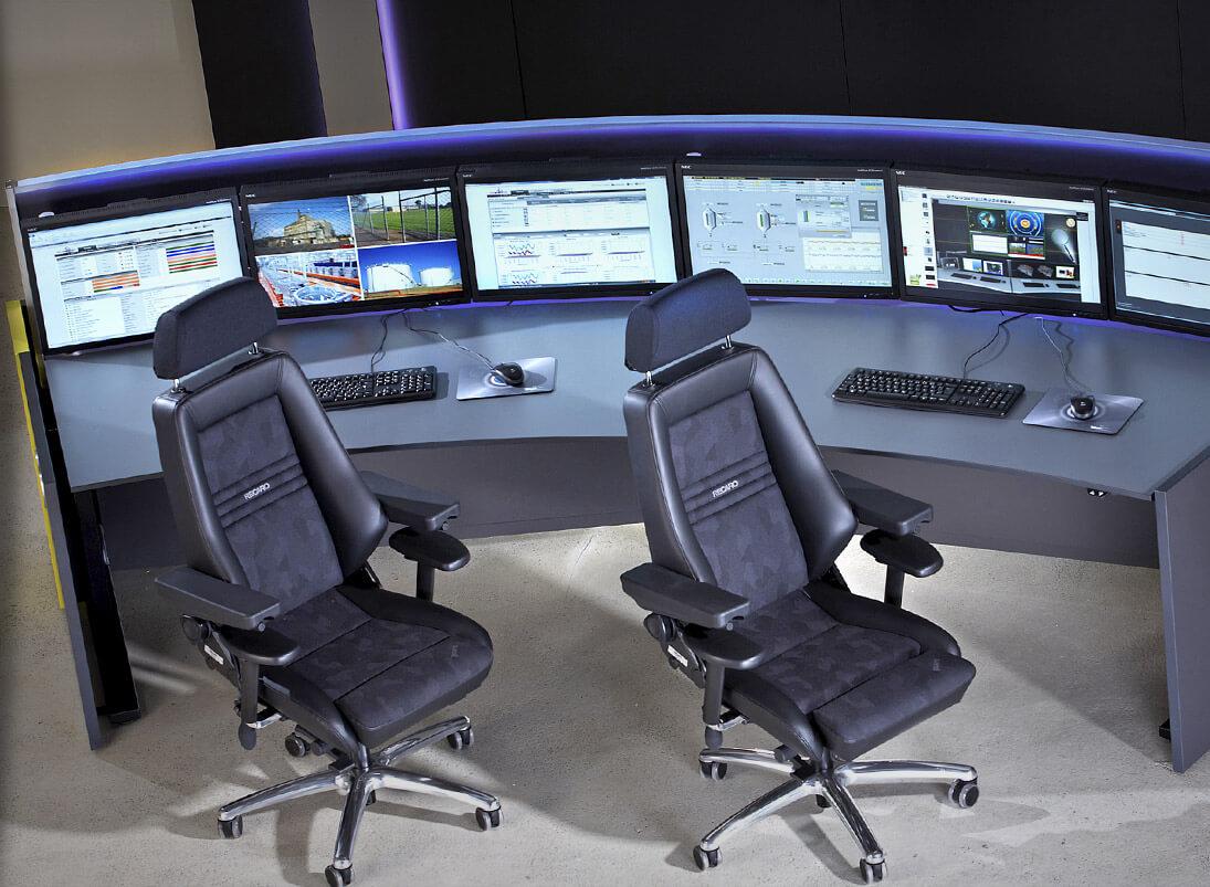 Recaro-Operatorstuhl. Ideal für den 24-Stunden-Einsatz im Leitstand und in der Leitwarte