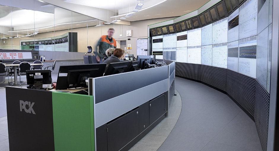 Die CommandBox im Einsatz in der Raffinerie-Leitwarte bei PCK