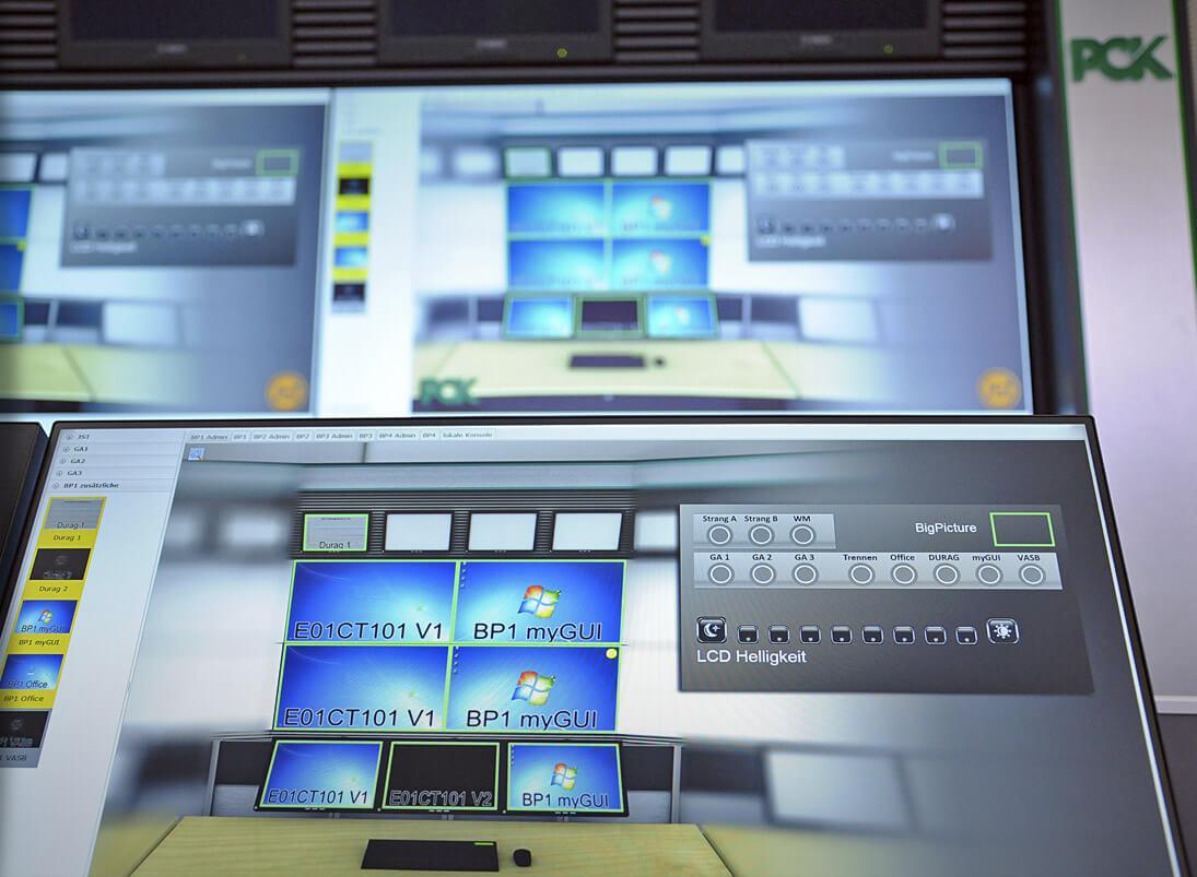 myGUI-Bedienung am Großbildschirm