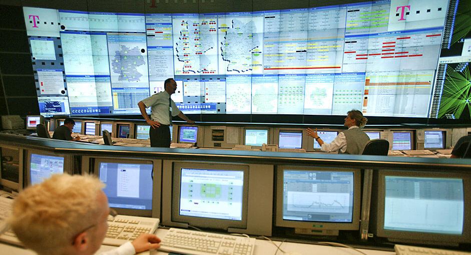 Grafik-Controller im Betrieb im NMC der Telekom AG