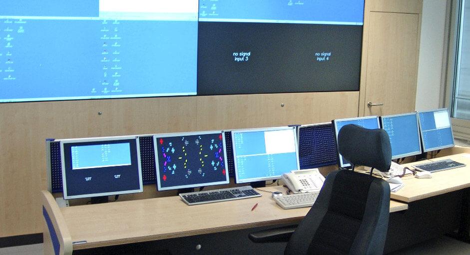 Grafik-Controller im Betrieb im IT-Leitstand der WWK München