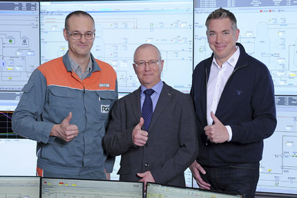 JST - PCK Schwedt: Control room project managers are very happy