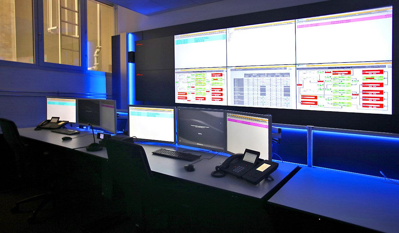 JST-AUDI Montageleitstand Ingolstadt: AlarmLight taucht Leitstand in blaues Licht