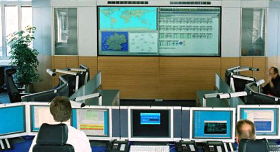 Cube-Großbildsystem im Betrieb bei der Lufthansa-Systems