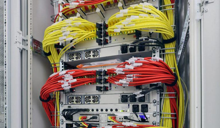 JST Gassco Emden: redundantes Multi-Center ist Herzstück der JST Technik