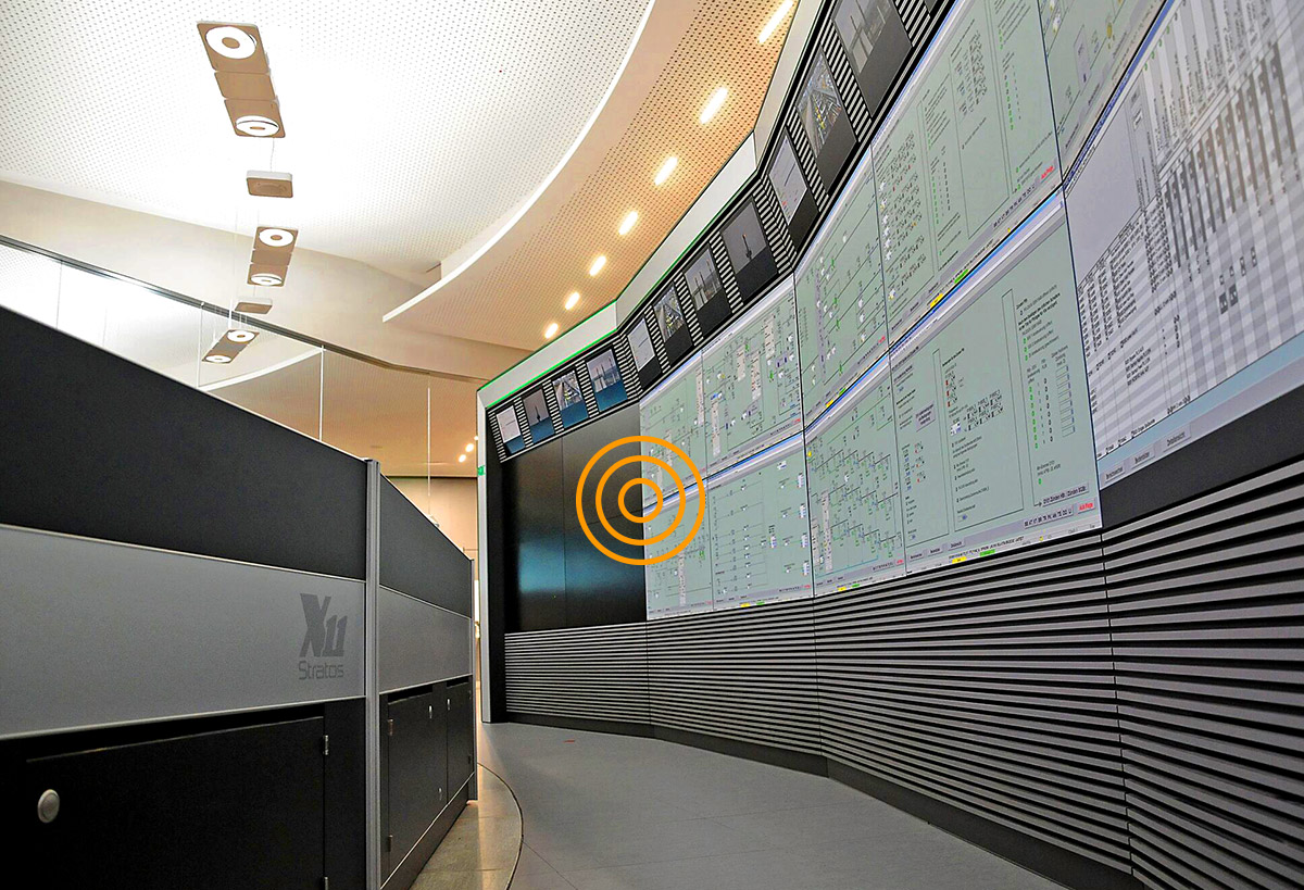 JST Control Room Large display walls are intelligent. Alarmlight
