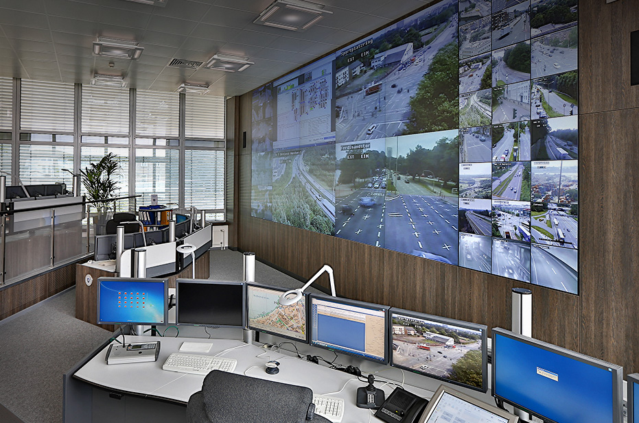 JST - Modernisierte Verkehrsleitstelle für Polizei Hamburg