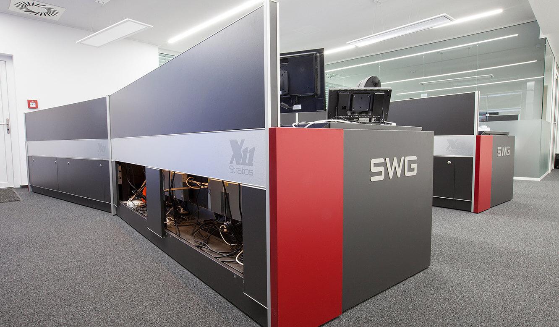 JST-Stadtwerke Gießen: großer Stauraum für technische Installationen im-Stratos Operator-Desk