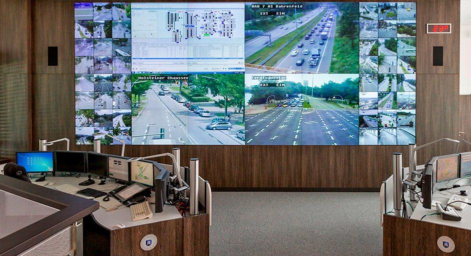 Cube-Großbildsystem im Betrieb der Verkehrsleitstelle Hamburg