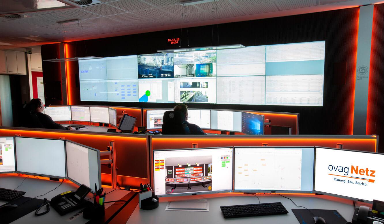 JST - ovag Netz GmbH - Netzleitstelle: mit MultiConsoling Ansteuerungstechnik VideoWall der Leitwarte flexibel nutzen