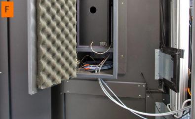 JST DisplayCover - Rückansicht mit dem Lautsprecher