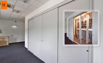 JST DisplayCover - Schiebetüren zum Revisionsraum