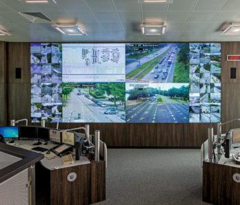 JST DisplayWall - Praxisbeispiel Polizeipräsidium Hamburg