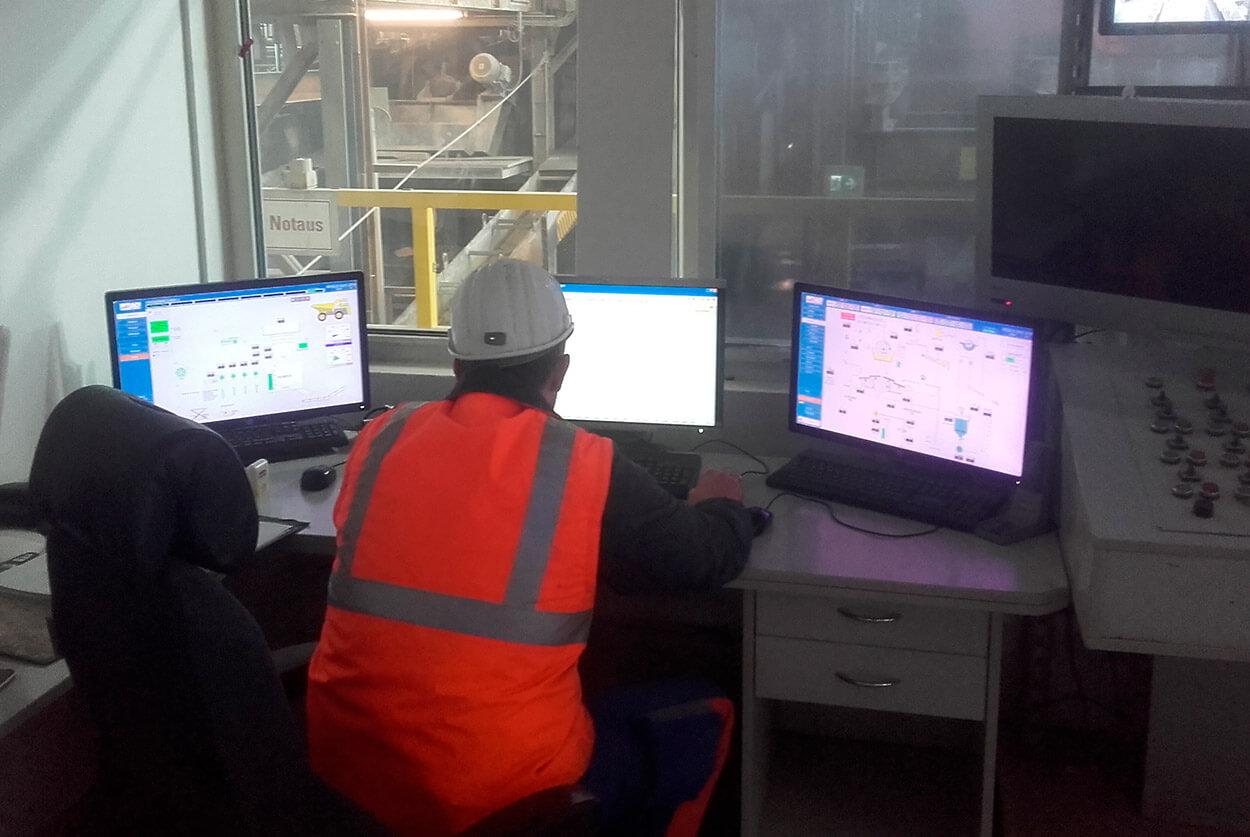 JST - VA Erzberg: Leitwarte vor der Modernisierung