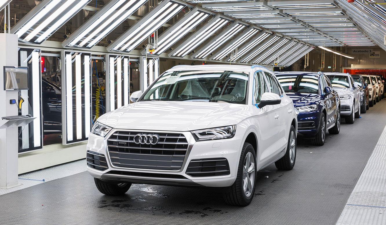 JST Audi Mexico: läuft nach Kontrolle durch Leitstand vom Band