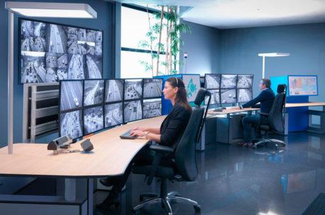 JST Magazin: NEC Fachartikel - Displaytechnologien für Kontrollräume