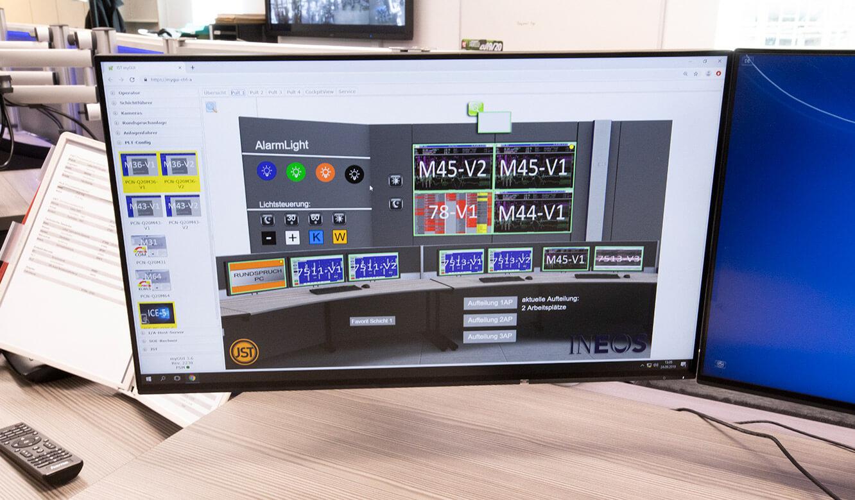 JST INEOS Oxide: moderne Leitstandtechnik und ergonomische Möbel. myGUI-Bedienoberfläche für das Multiconsoling